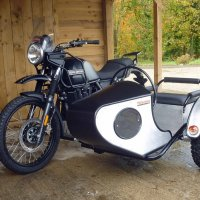 Royal Enfield Himalayan с коляской Watsonian Squire International
