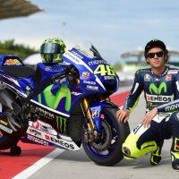 Валентино Росси, девятикратный чемпион мира, обзавелся уникальной Yamaha