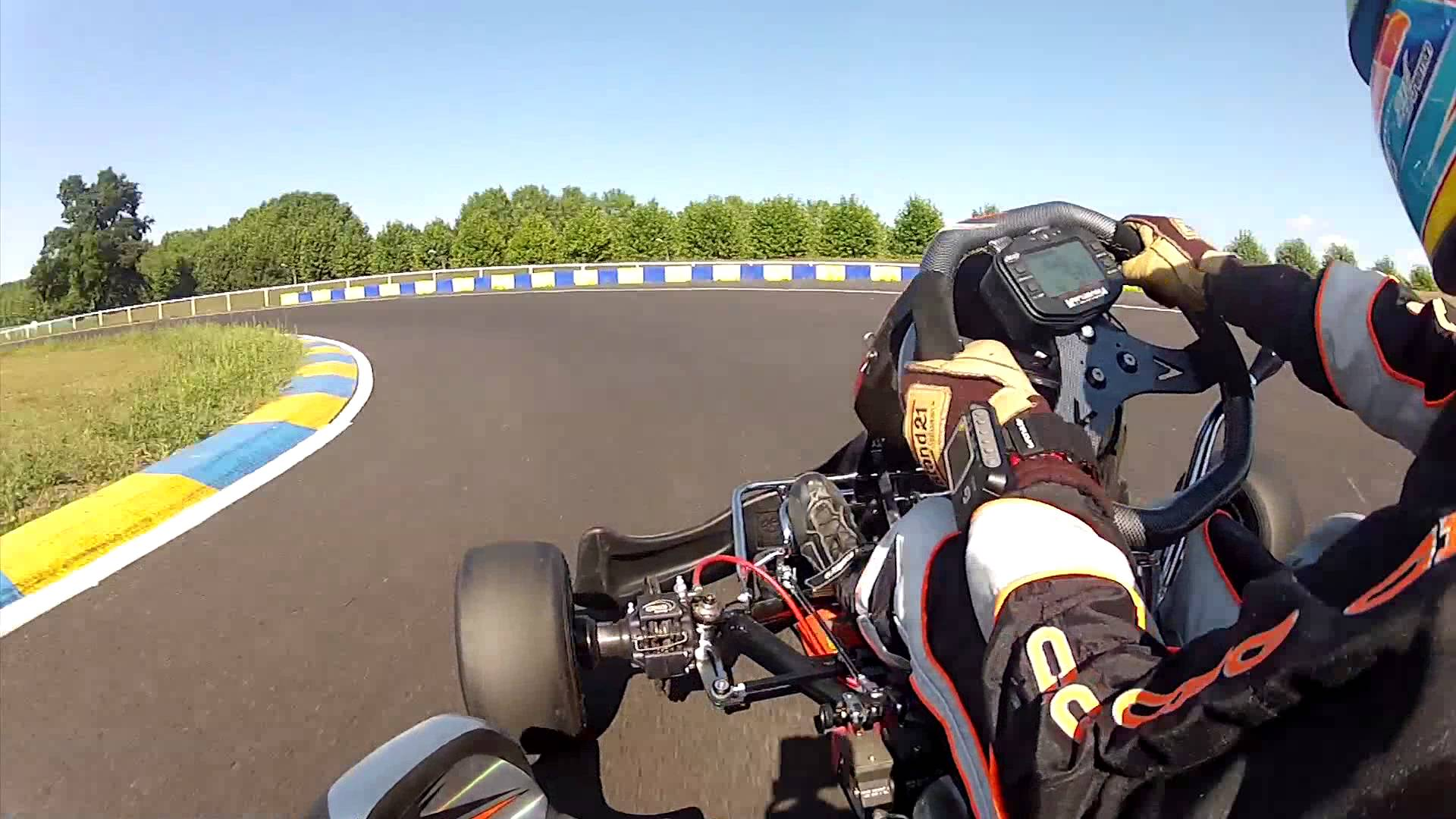 Nouveau circuit international de karting du Mans.