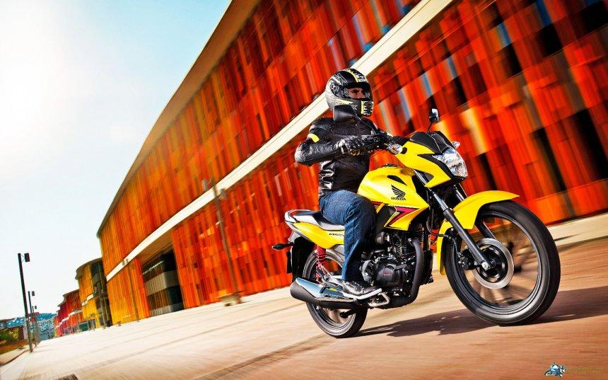 Honda презентовала обновленный CB125F