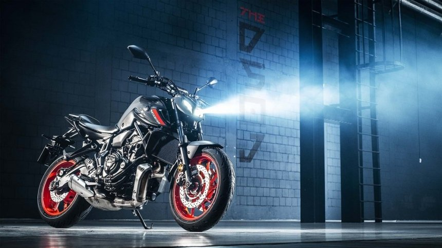 Yamaha презентовала новый мотоцикл MT-07 2021 модельного ряда