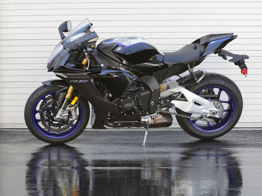 2020 Yamaha YZF-R1M: краткий обзор