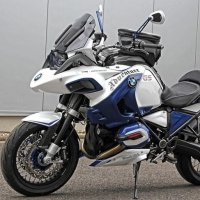Спорт-турист BMW R1200GS Adventure
